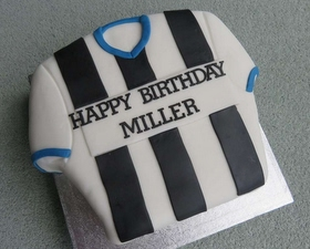 A personalised football shirt cake